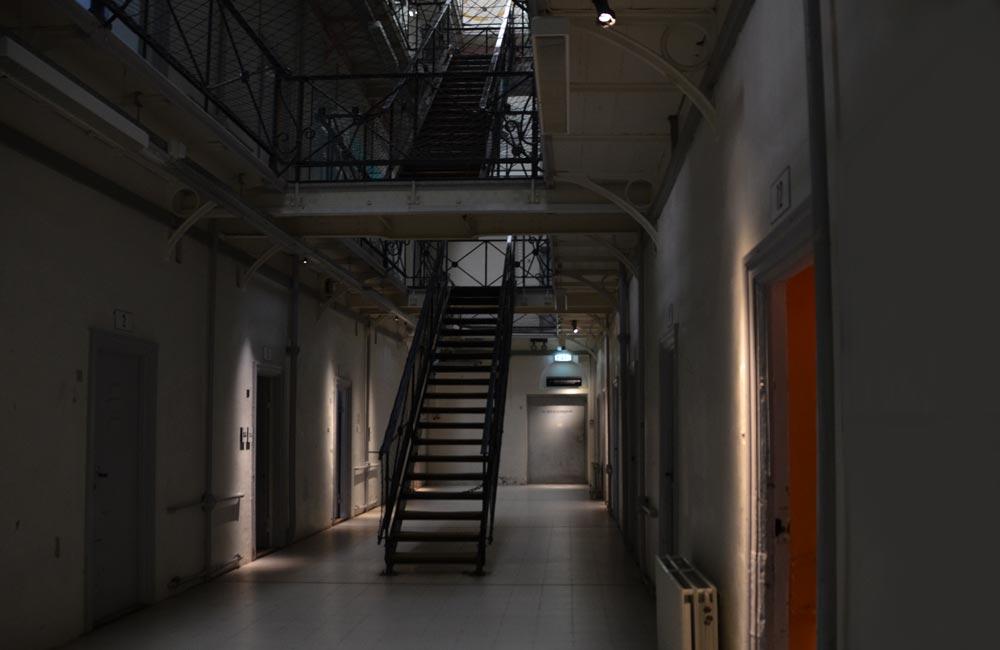 Fængslet celler 1000