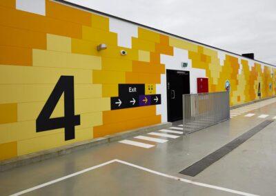 Udendørs selvklæbende folie på Lego House
