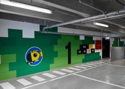 Selvklæbende folie på Lego House - Nonbye A/S