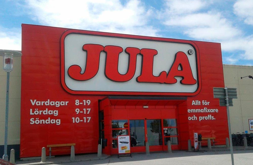 Det svenske gør-det-selv byggemarked JULA er opsat på at blive set i bybilledet