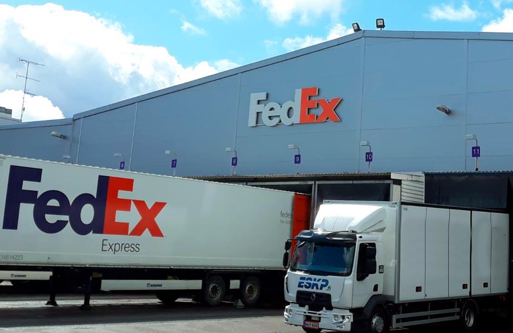 FedEx - Lastbildekoration