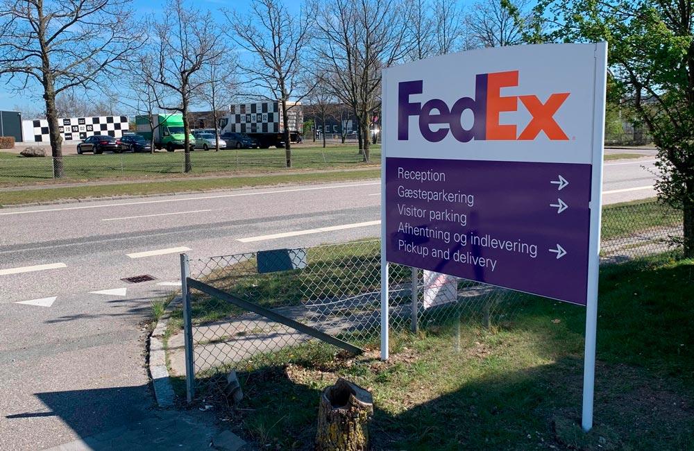 FedEx stander 1000