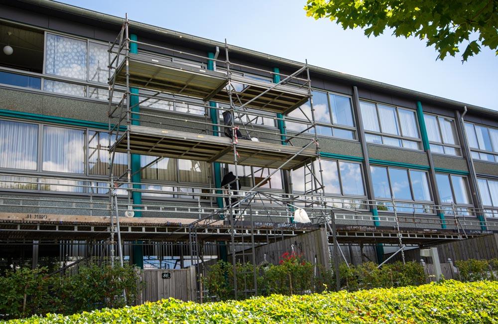 Foliedekoration på hele facaden til Boligkontoret Fredericia