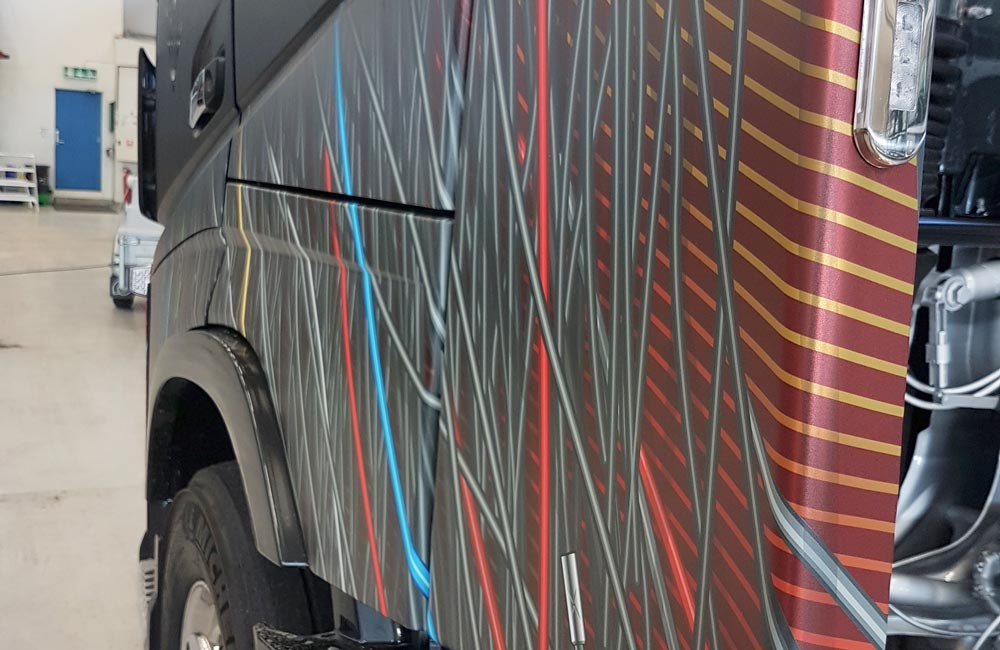 Bilreklame på lastbil - Nonbye A/S